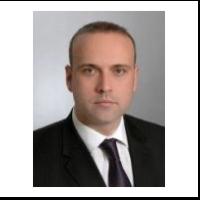 Doktor Senad Bušatlić